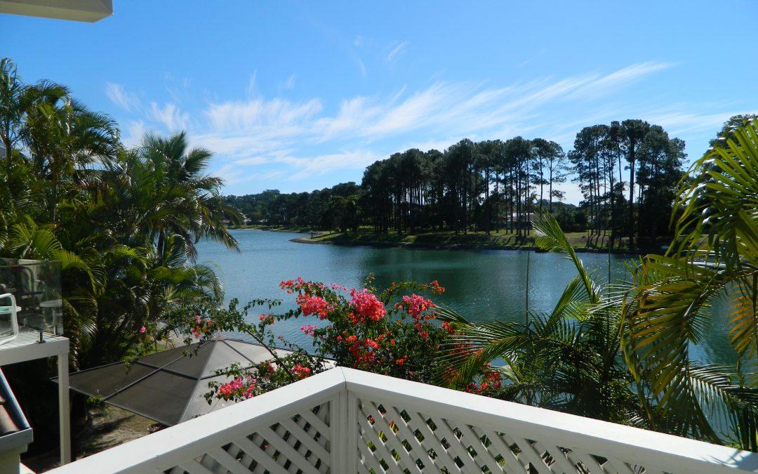 Couples' Group Holidays | Palm Beach Gold Coast Accommodation