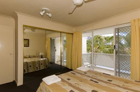 Isle of Palms Resort Accommodation - Master bedroom