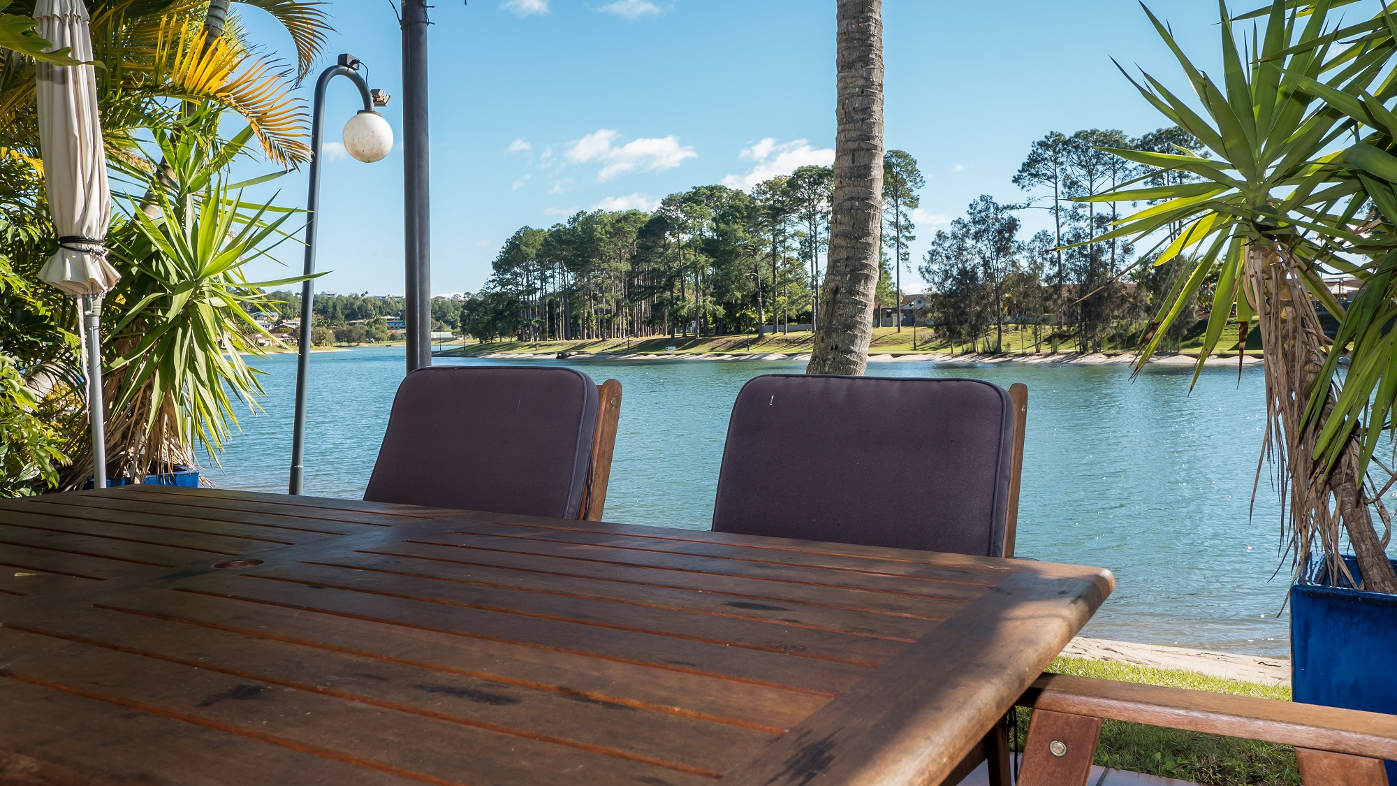Isle of Palms Resort - Waterfront Outdoor Dining