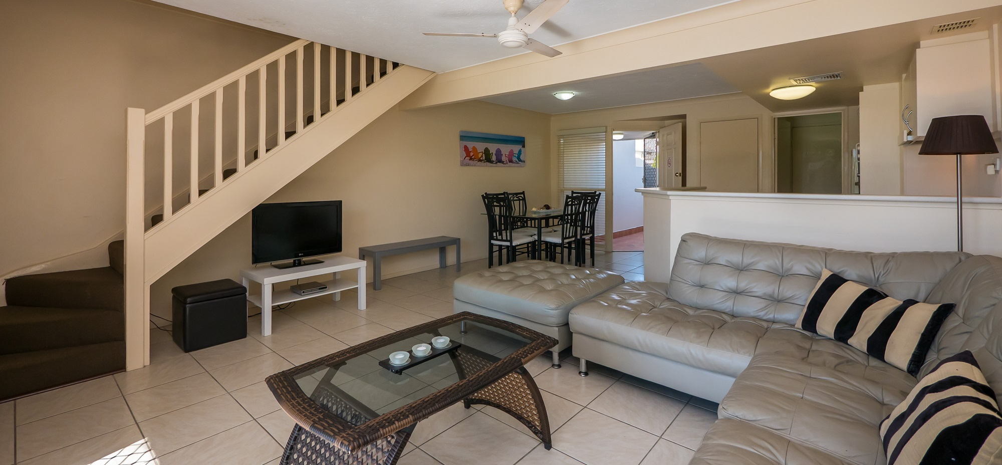 Isle of Palms Resort Accommodation - Lounge Room